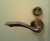 トイレから失礼します